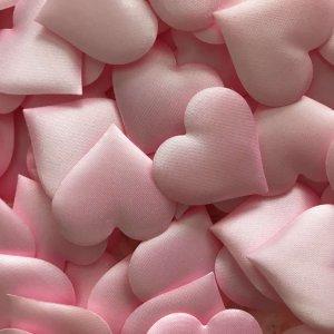 roze-hartjes-confetti